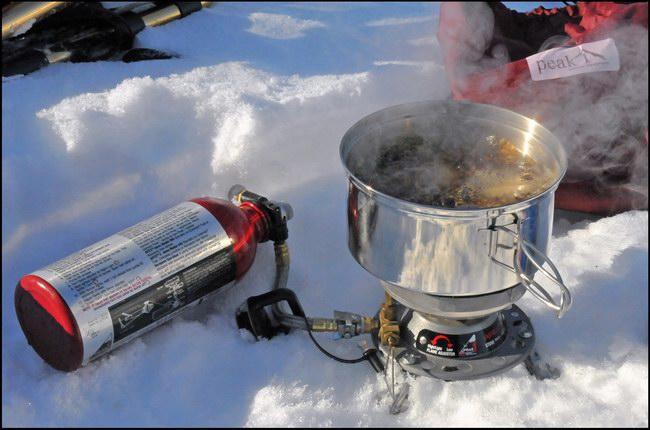 إعداد مشروبات ساخنة باستعمال أنابيب الغاز