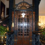 المصعد القديم وهو أول مصعد كهربائي في تركيا