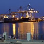 ميناء مدينة بورتسودان ليلاً