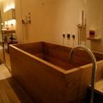 دورة مياه الغرف الصغيرة