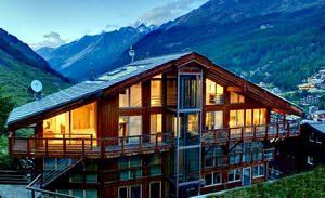 منتجع وشاليهات بنتهاوس بلمسات سويسرية وسط جبال الألب