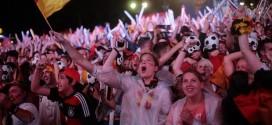 بالفيديو.. كرنفال احتفالي في شوارع برلين بعد الفوز على البرازيل