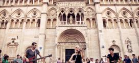 """""""فيرّارا"""" … مهرجان إيطالي لموسيقى الشارع يجمع 1200 فنان"""