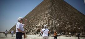وزير السياحة: الاستثمار السياحى فى مصر آمن