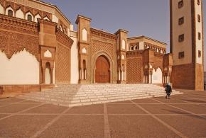 استطلاع الغارديان يختار مدينة أغادير المغربية أفضل وجهة سياحية بالعالم لسنة 2014