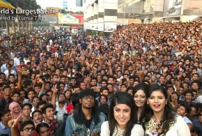 أكبر صورة سيلفي بالعالم في بنجلادش بنحو 1.151 شخصا في صورة واحدة