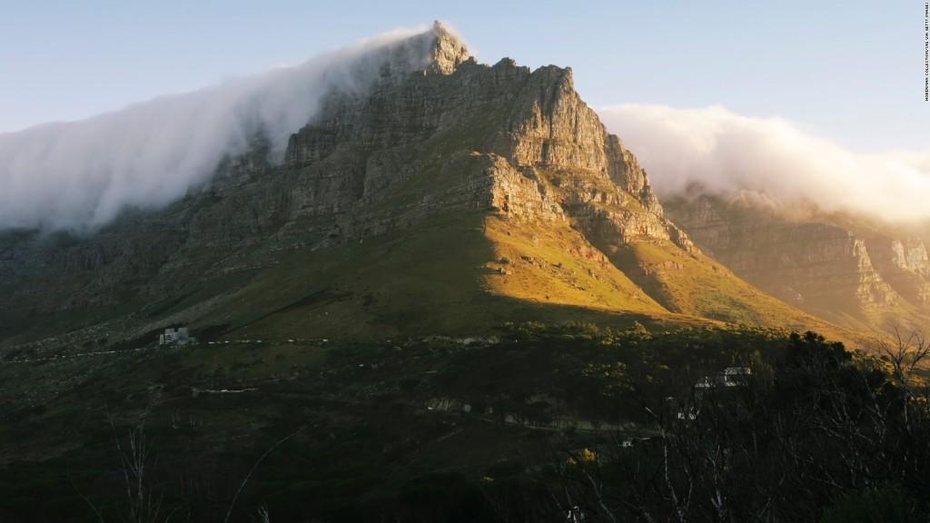 جبل الطاولة أو جبل تيبل أو Table Mountain National Park في جنوب إفريقيا