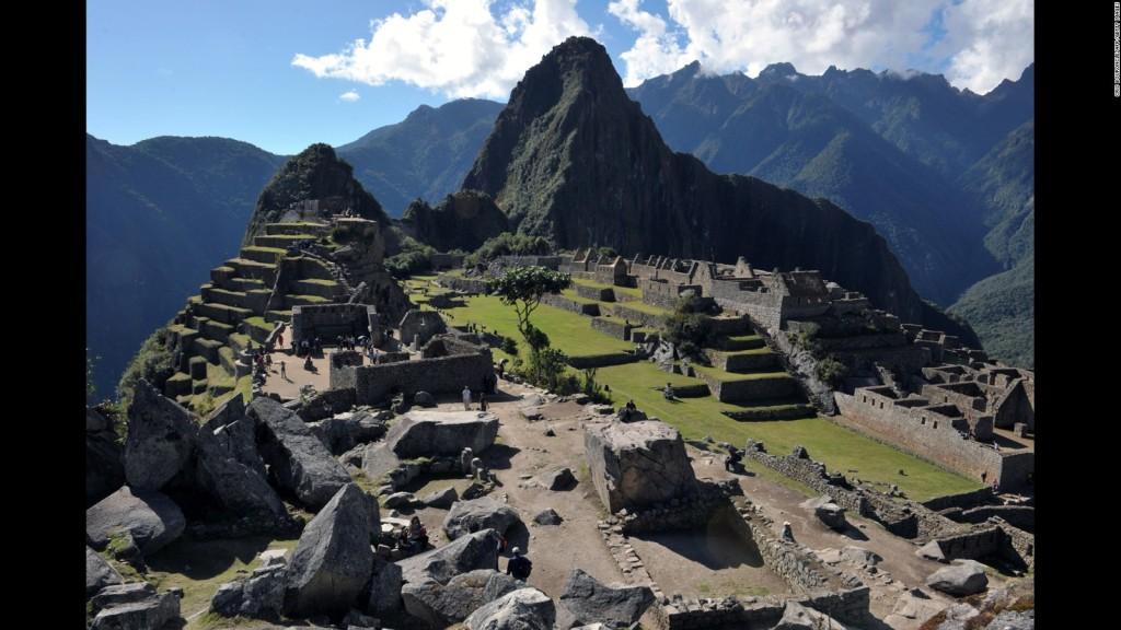 مدينة ماتشو بيتشو Machu Picchu في البيرو