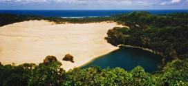 """جزيرة """"فريزر"""" بأستراليا.. جنة الأحلام لكل مسافر"""