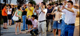 الصين توثق السلوكيات غير المتحضرة للسياح الصينيين