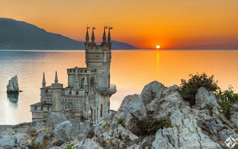 قلعة سوالو نست.. حكاية أسطورية خلّدها التاريخ على الأرض