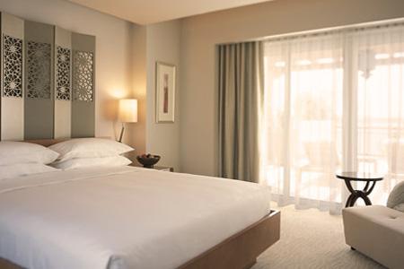 إحدى غرف فندق بارك حياة