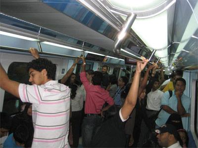 أحد عربات مترو دبي