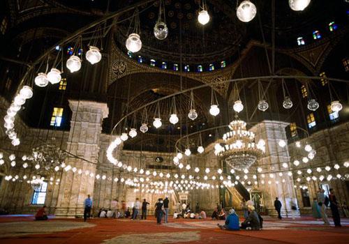 داخل مسجد محمد علي ـ قلعة صلاح الدين ـ القاهرة