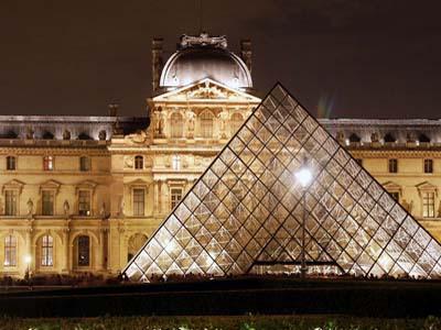 متحف اللوفر ـ باريس