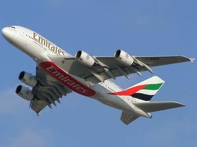 طائرة طيران الامارات إيرباص أ380