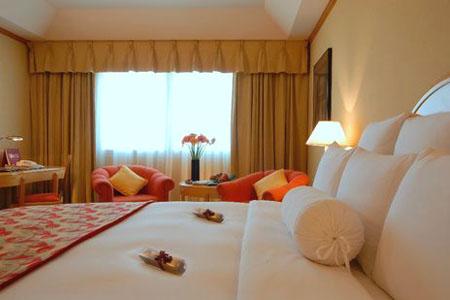 غرفة في فندق كراون بلازا ديرة ـ دبي