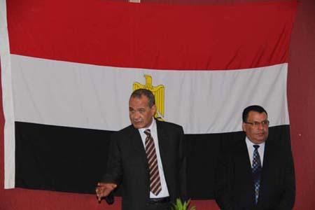 السفير المصري أثناء الحديث