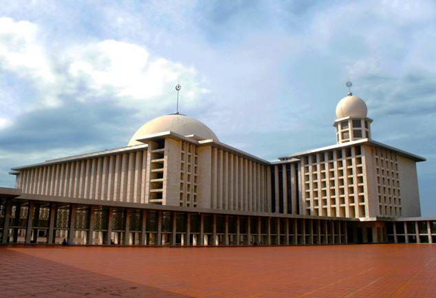 مسجد الاستقلال ـ جاكرتا، أندونيسيا