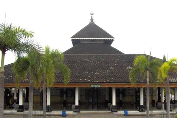 مسجد أجونج ديماك، أندونيسيا