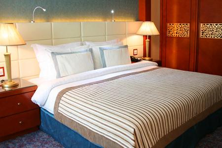 """غرفة في فندق """"جراند إكسلسيورـ البرشاء"""" ، دبي ـ الإمارات"""