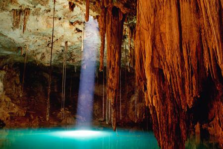 مغارة Cenote، Chichen itza (تشيتشين إتزا) ـ المكسيك
