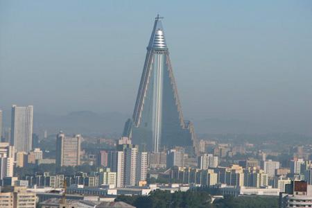 فندق Ryugyong (ريو جيونغ) ـ كوريا الشمالية