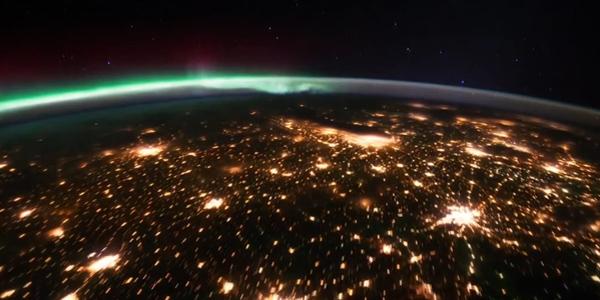فيديو: جولة حول الأرض من الفضاء في خمس دقائق