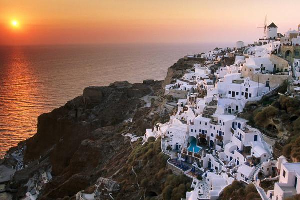 جزيرة سانتوريني، اليونان