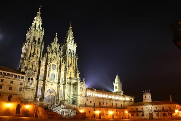 """كاتدرائية مدينة """"سانتياغو دي كومبوستيلا"""" أسبانيا"""