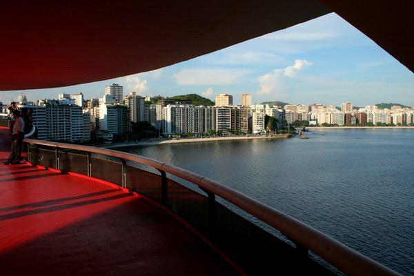 العاصمة ريو دي جانيرو تبدو رائعة من المتحف