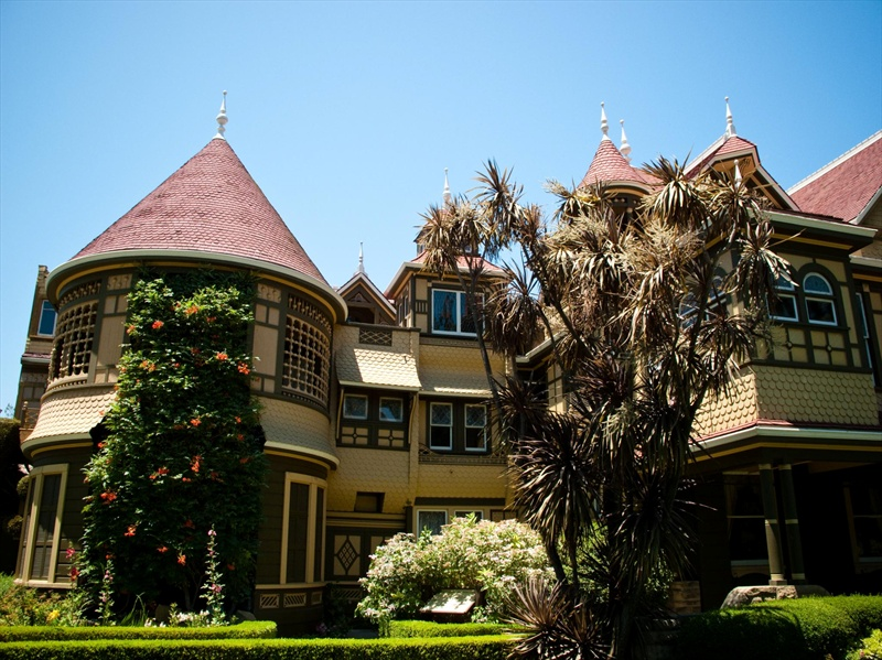 قصر وينشستر الغامض