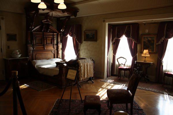 الغرفة التي ماتت فيها السيدة سارة