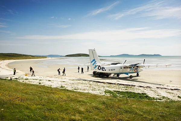 مطار بارا على الشاطئ، اسكتلندا