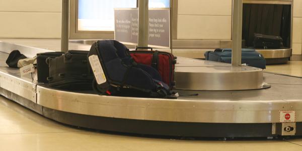 حقائب في المطار