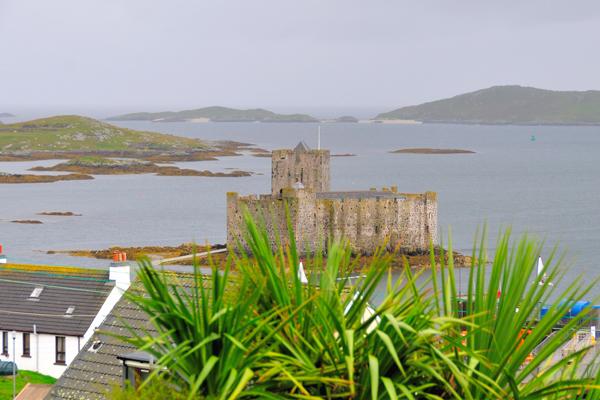 قلعة جزيرة بارا، اسكتلندا