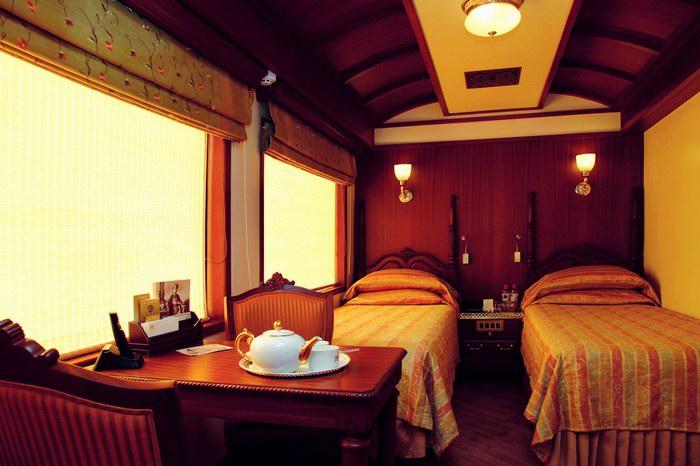 الجناح الجونيور .. سريرين ومكتب ومساحة للمعيشة