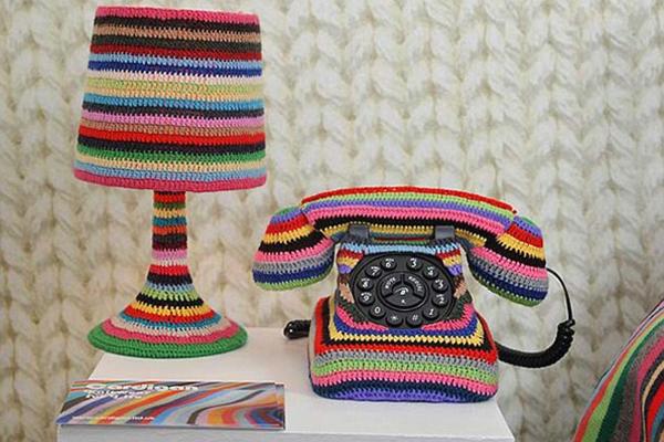 الهاتف والمصباح