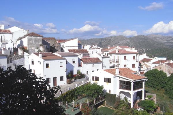 قرية السنافر juzcar أسبانيا
