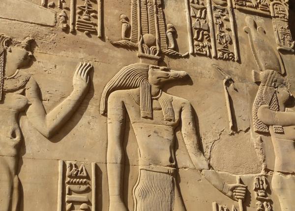 """التمساح """"سوبك"""" كما صوره المصريون القدماء"""