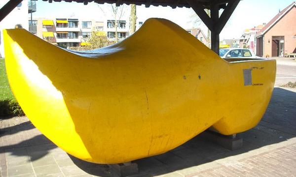 قبقاب في بلدة انتير، هولندا