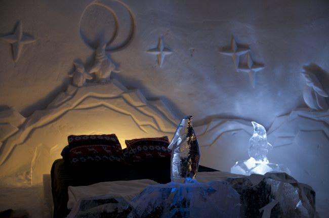 غرفة النوم في فندق كيركينس النرويجي