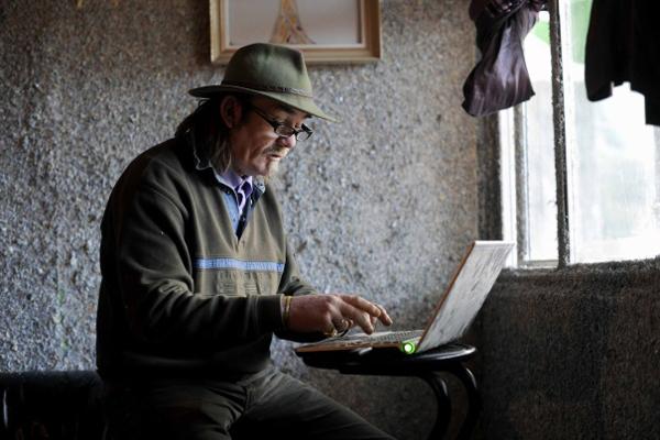 فنان أيرلندي يبني بيت من مليار يورو