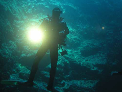 """الغوص في كهف """"ليوسيكا""""، جزيرة براك ـ كرواتيا"""