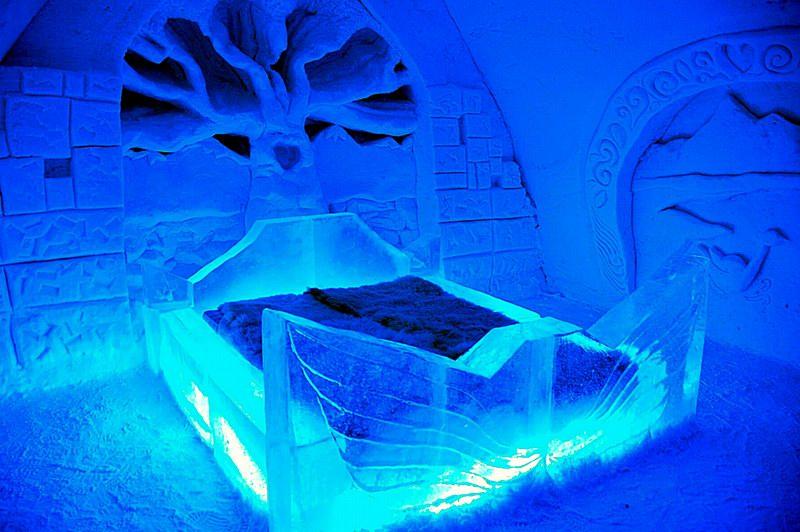 غرفة النوم داخل فندق كيمي الفنلندي