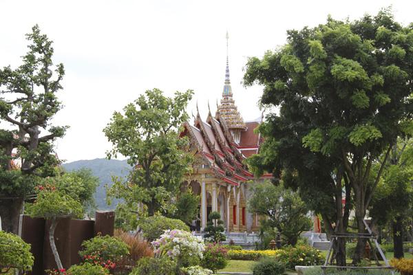 معبد وات شالونج ، فوكيت ـ تايلاند