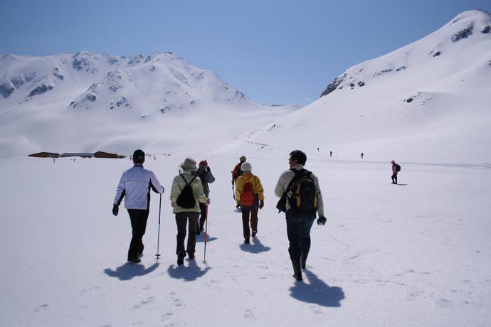 مناطق مخصصة للتزلج في محطات الطريق
