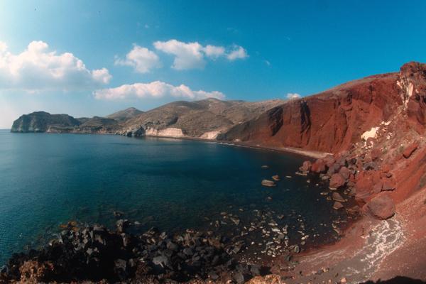 الشاطئ الأحمر، سانتوريني ـ اليونان
