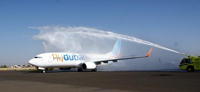 رحلة فلاي دبي الأولى تصل إلى صنعاء