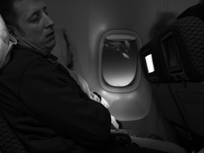 نصائح للنوم في الطائرة
